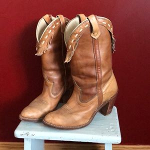 Stacked heel vintage fringe cowgirl boots